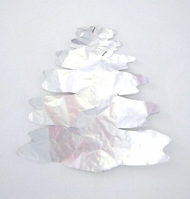 6.Foil-Tree-Mia Taylor-LR2